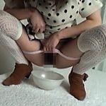 SNSで集めた即お金を稼ぎたい女達70人 素人放尿映像