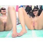 自画撮り投稿 全裸でおしっこを我慢する女の子たち2 2人の女の子が全力でおしっこを我慢しました。